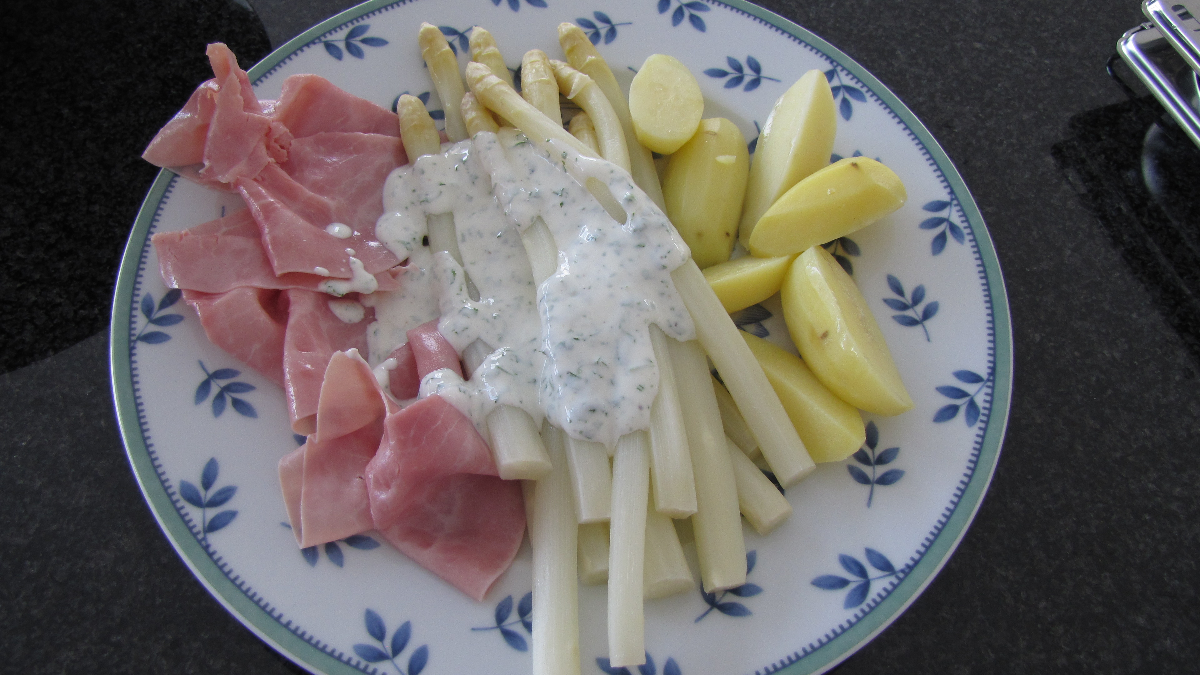 Joghurtsoße - statt Soße Hollandaise