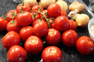 ketchup_selbst_machen_02_tomaten_clean_food_und_clean_eating