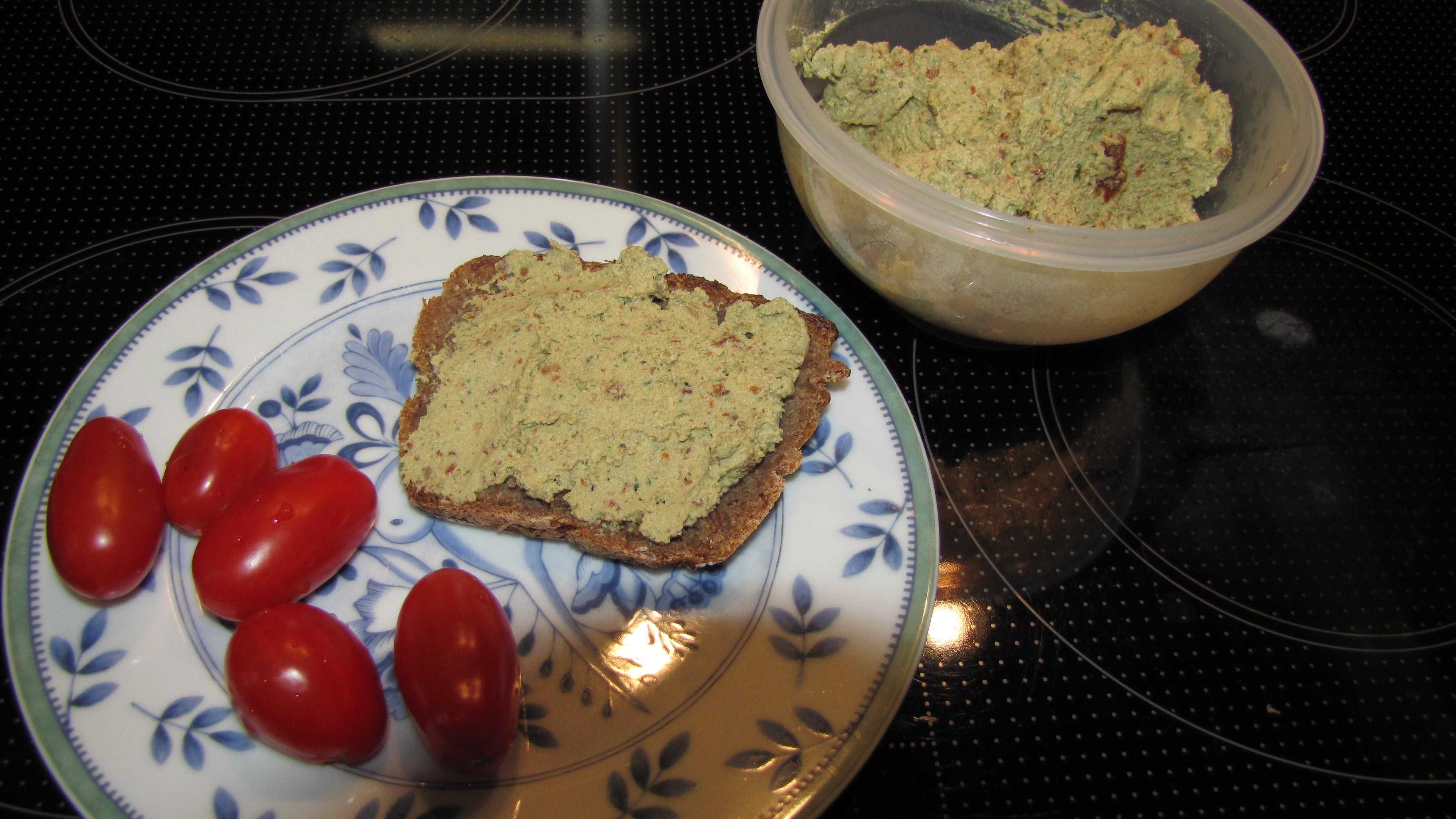 WeightWatchers Sattmacher Tofubrotaufstrich mit Tomate und Basilikum